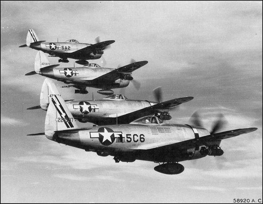 http://upload.wikimedia.org/wikipedia/commons/a/a0/345th_Fighter_Squadron_-_P-47_Thunderbolts.jpg